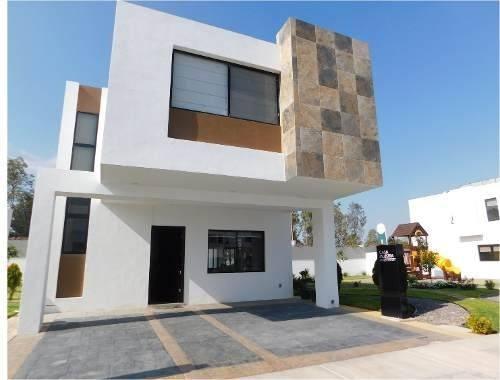 Casas Nuevas En Fraccionamiento Cerrado Al Sur
