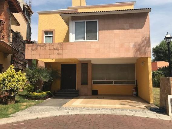 Incleible Casa En Condominio 3-4 Rec, 5 Baños, 3 Estac.