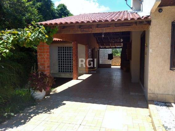 Casa Em Vila Nova Com 3 Dormitórios - Bt8631