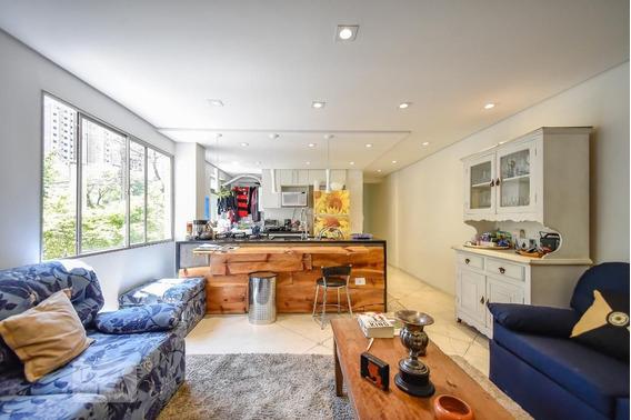Apartamento No 1º Andar Com 3 Dormitórios E 1 Garagem - Id: 892970705 - 270705