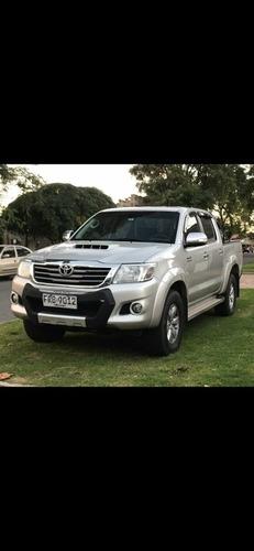 Toyota Hilux 3.0 Cd Srv Tdi 171cv 4x2 2014