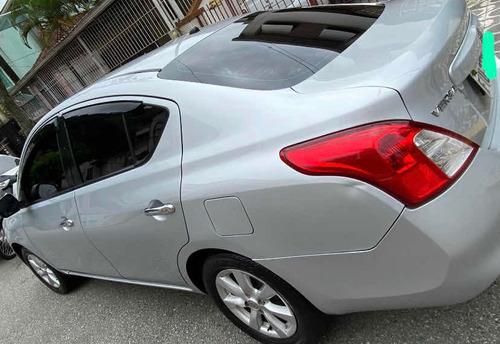 Imagem 1 de 6 de Nissan Versa 2013 1.6 16v Sl Flex 4p