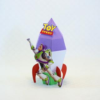 Caixa Foguete Buzz Lightyear Tema Toy Story