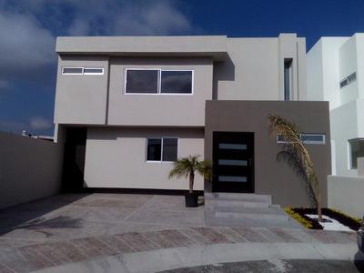 Casa En Venta, Juriquilla - Querétaro