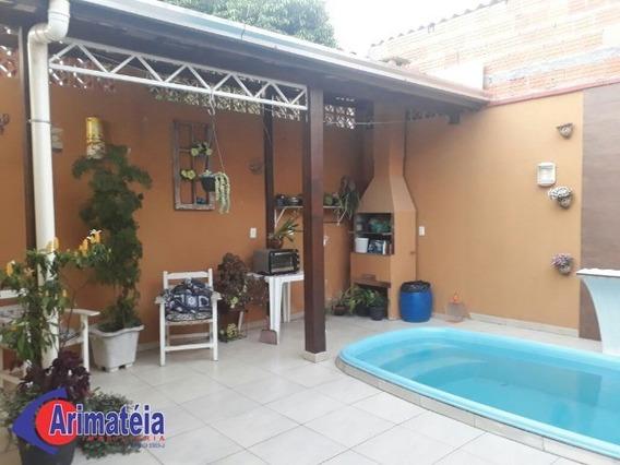Casa Com Piscina No Bairro Santa Regina - 1 Suíte + 2 Dormitórios - 2 Vagas De Garagem - 0713 - 32377372