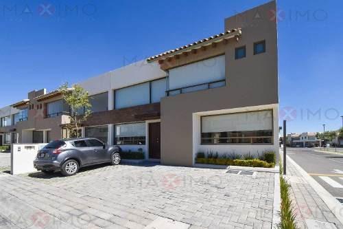 Casa En Valle De Las Fuentes Mod. Hanna Plus