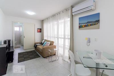 Apartamento No 5º Andar Mobiliado Com 1 Dormitório E 1 Garagem - Id: 892932076 - 232076