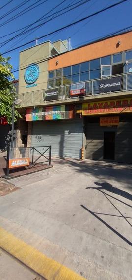 Alquilo- Hermoso Local Comercial Calle San Matin G. Cruz