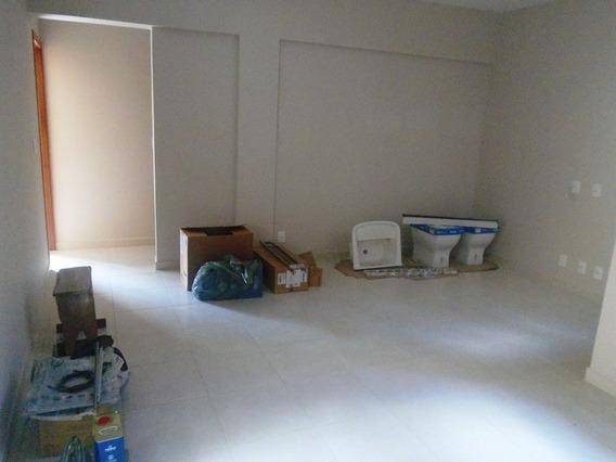 Apartamento Com 3 Quartos Para Alugar No Santo Antônio I Em Ponte Nova/mg - 4593