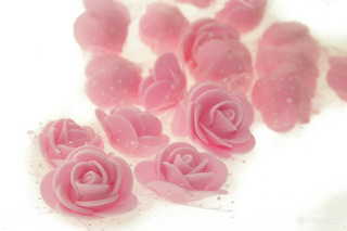 Flor Artificial En Goma Eva 3cm Con Tull Pack X 20unidades
