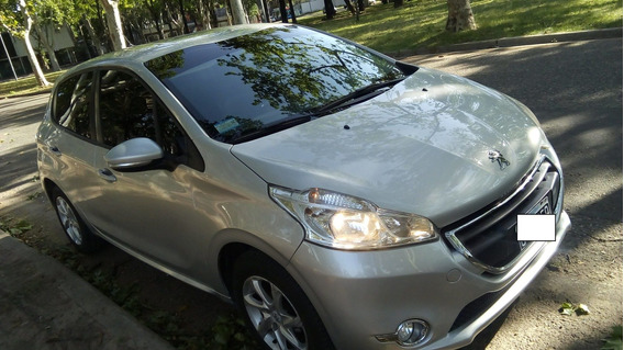 Peugeot 208 Allure 1.5l Touchscreen 2015