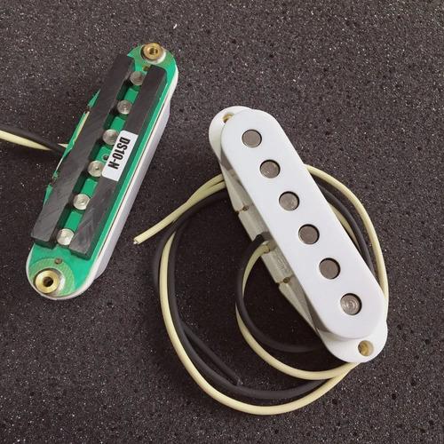Imagen 1 de 9 de Micrófono Ds Pickups Ds11 Sc2 Stratocaster Blanco Cuotas