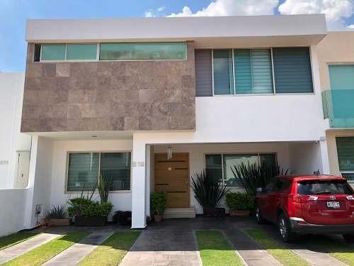 Casa En Venta En El Condominio Villa La Cima En Zapopan, Jalisco