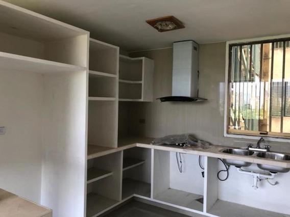 Apartamento En Venta En El Parque 20-20500 Mf