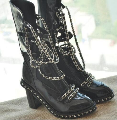 Bota - Sapato - Importado Com Correntes
