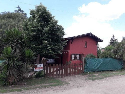 Casa 2 Dormitorios En Terreno De 500m2