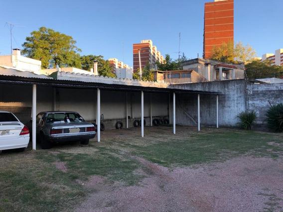 Cochera - Aires Puros