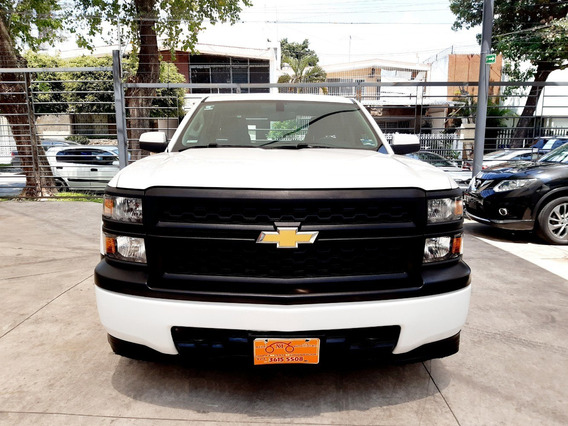 Chevrolet Silverado 2014 Cab. Extendida, Excelente.