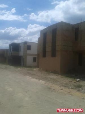 Somos Bienes Raíces T.a Vende Townhouses Pueblo Viejo San Di