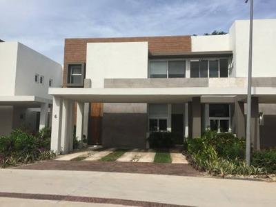Estrene En Renta Preciosa Casa 3 Habitaciones, Vista Al Lago En Altozano, Norte De Mérida