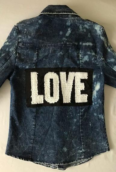 Impecable Camisa Jean Nevada. Espalda Bordada Love. Mujer.