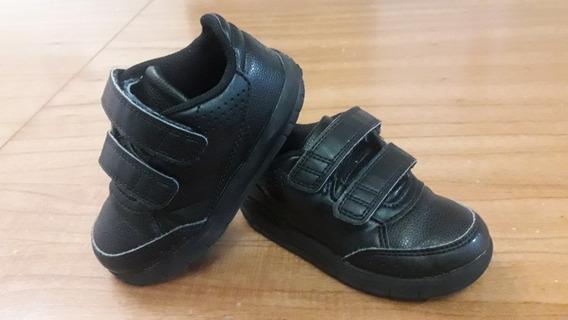 Zapatillas adidas Niño Talle 23