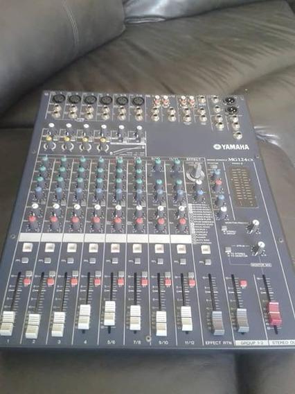 Se Vende Consola Mixing Mg124cx 12 Canales Yamaha
