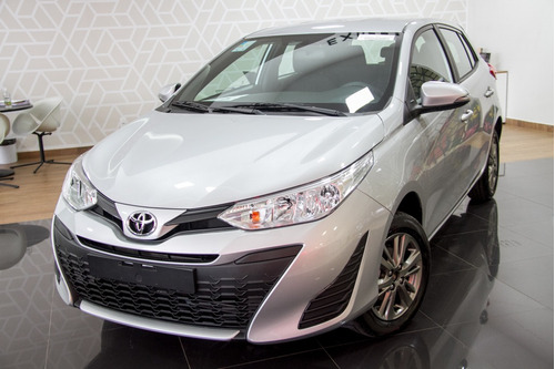 Toyota Yaris 1.5 Xl Plus Connect Cvt (flex)