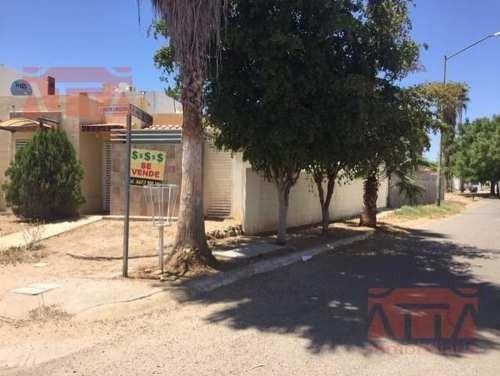 Se Vende Casa En Valle Alto Con Terreno Excedente
