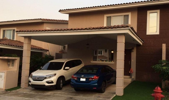 Vendo Casa Exclusiva En Villa Tiber, Brisas Del Golf 18-6101