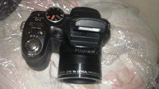 Cámara Digital Fujifilm S2950