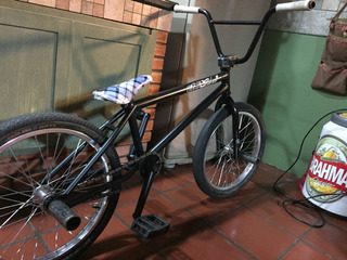 Bike Bmx Newskull / Rock Bmx