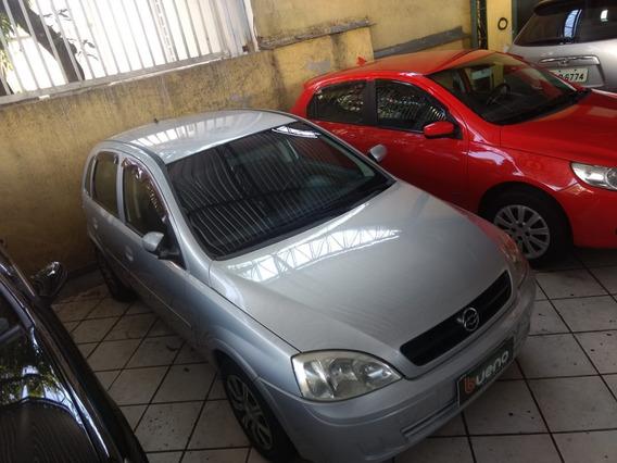 Corsa Hatch 1.8 Completo