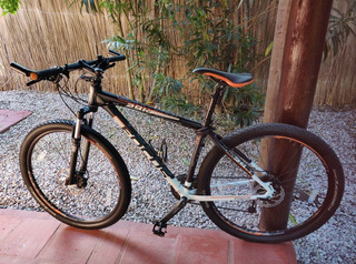 Bicicleta Focus Black Forest 29er Como Nueva