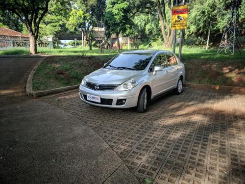 Tiida Sedan