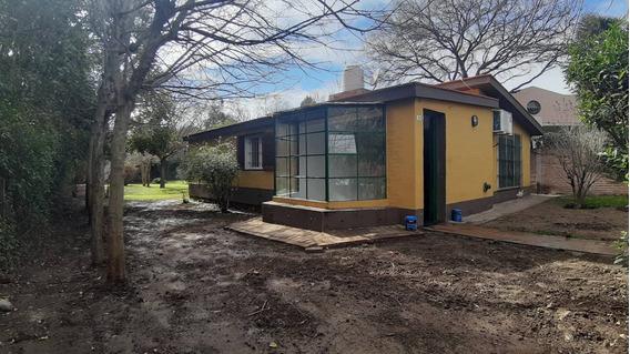 3 Habitaciones - Villa De Las Rosas En Alq. Permanente