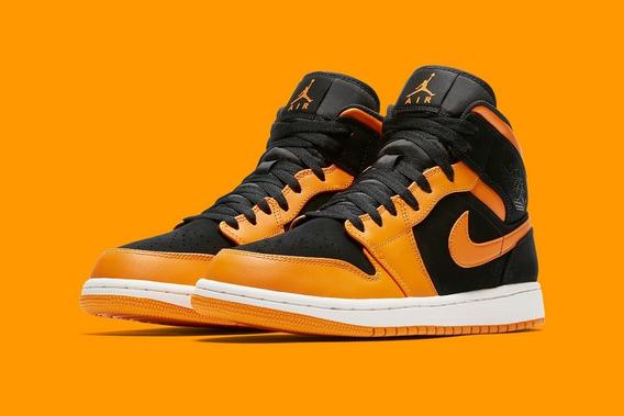 Air Jordan 1 Mid Orange Vuelta Town Sneakers
