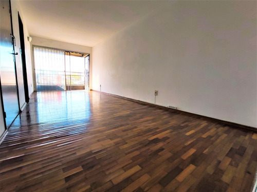 Imagen 1 de 13 de Venta Apartamento 2 Dormitorios Pocitos Locación