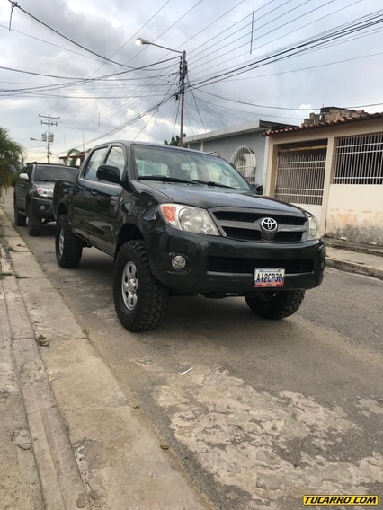 Toyota Hilux Hiulux 2.7