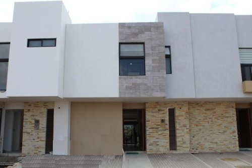 Casa En Venta En El Refugio, Queretaro, Rah-mx-20-609