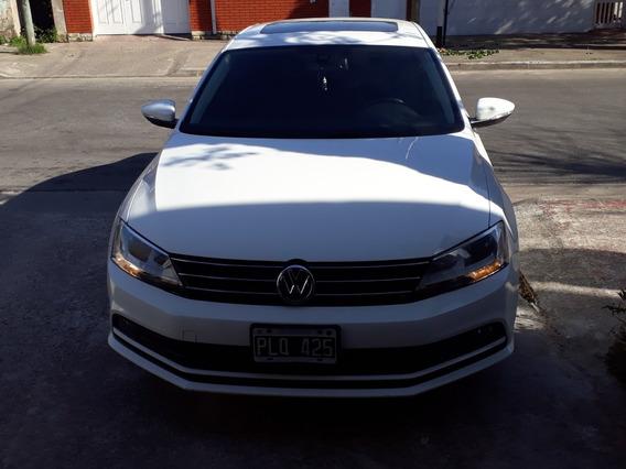 Volkswagen Vento 2.5 Advance Plus Tiptronic At6 (170cv) (my1