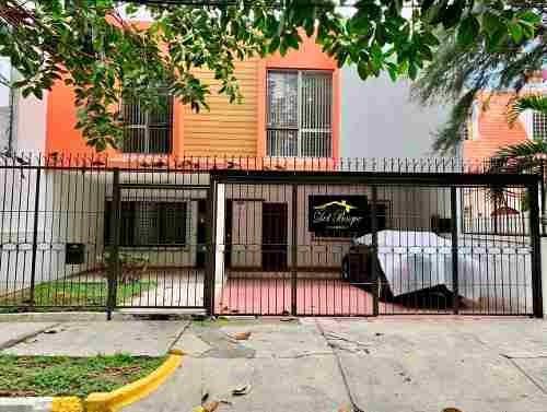 Casa De Oportunidad En La Col. Residencial Victoria, Zapopan