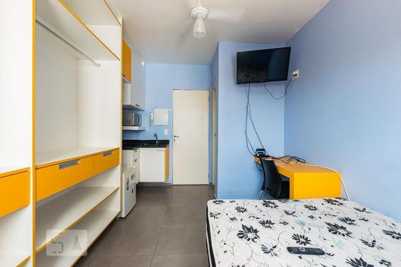 Studio No 3º Andar Mobiliado Com 1 Dormitório - Id: 892997565 - 297565