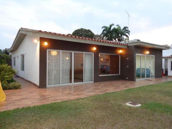 Casa En Venta En La Viña 19-7787 Jan