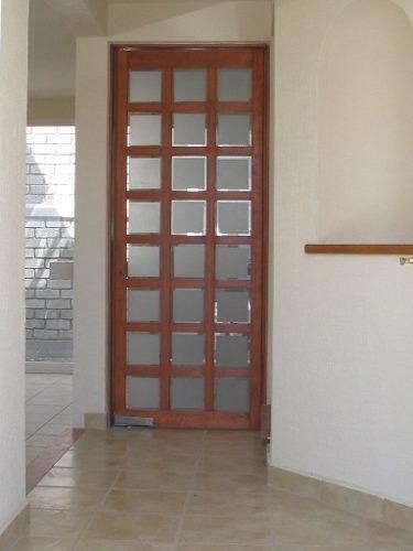 Casa En Candiles, Ubicadísima, C.140 M2, 3 Recámaras, 3 Baño