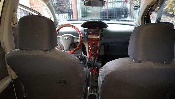 Toyota Toyota Vitz Vercion Japones