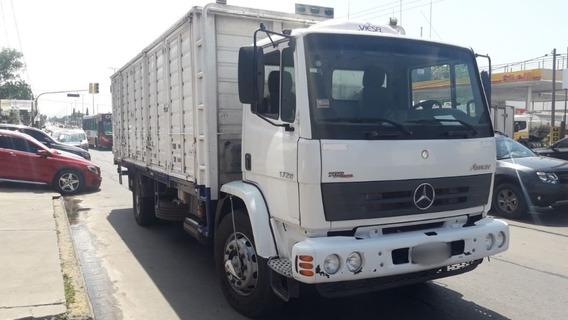 Mercedes Benz Atron 1720 /48 Año 2012 Km 170.000 Muy Bueno