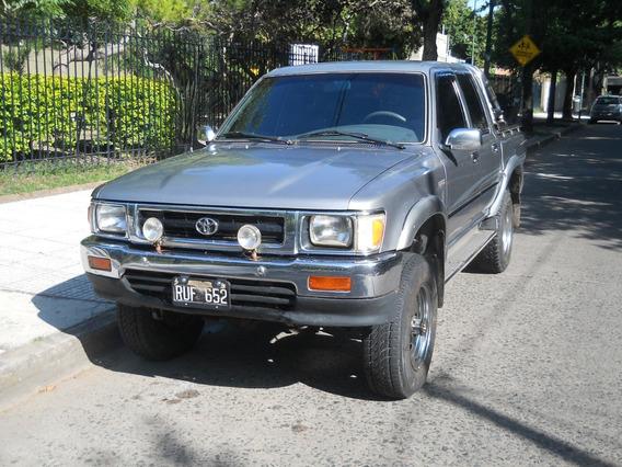 Toyota Hilux 2.8 D/cab 4x4 D Dlx