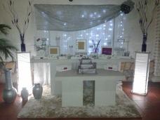 Alquiler De Puff,areas Lounge,mobiliario Y Decoracion