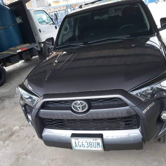 Toyota 4 Runner 4 X2 Año 2015 Usada Impecable Negro